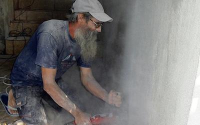 SERCADE apoya la reconstrucción de un centro misional capuchino en Haiti.