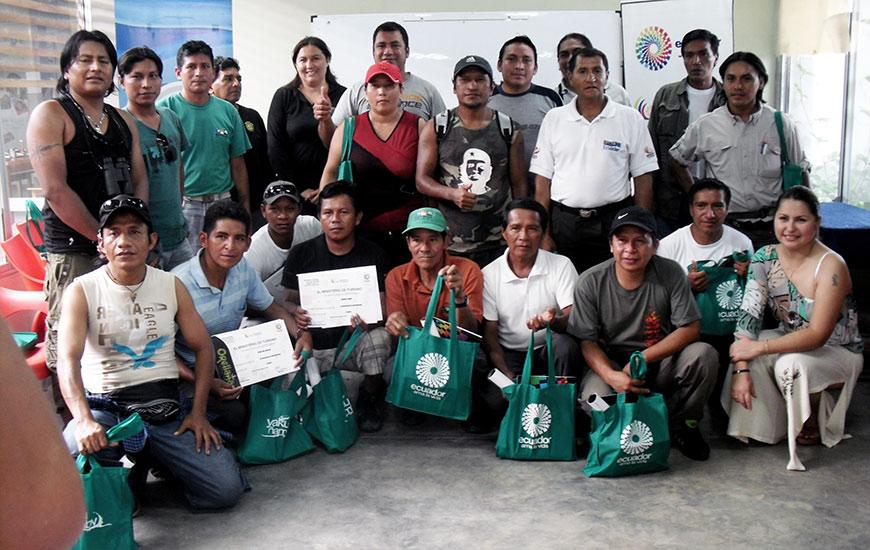 Ecuador -Casa de Formación y Albergue para Pueblos indígenas.